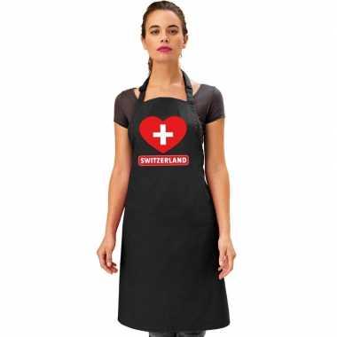 Zwitserland hart vlag barbecuekeukenschort/ keukenschort zwart